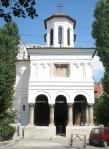Sf Apostoli Church Bucharest, frontview