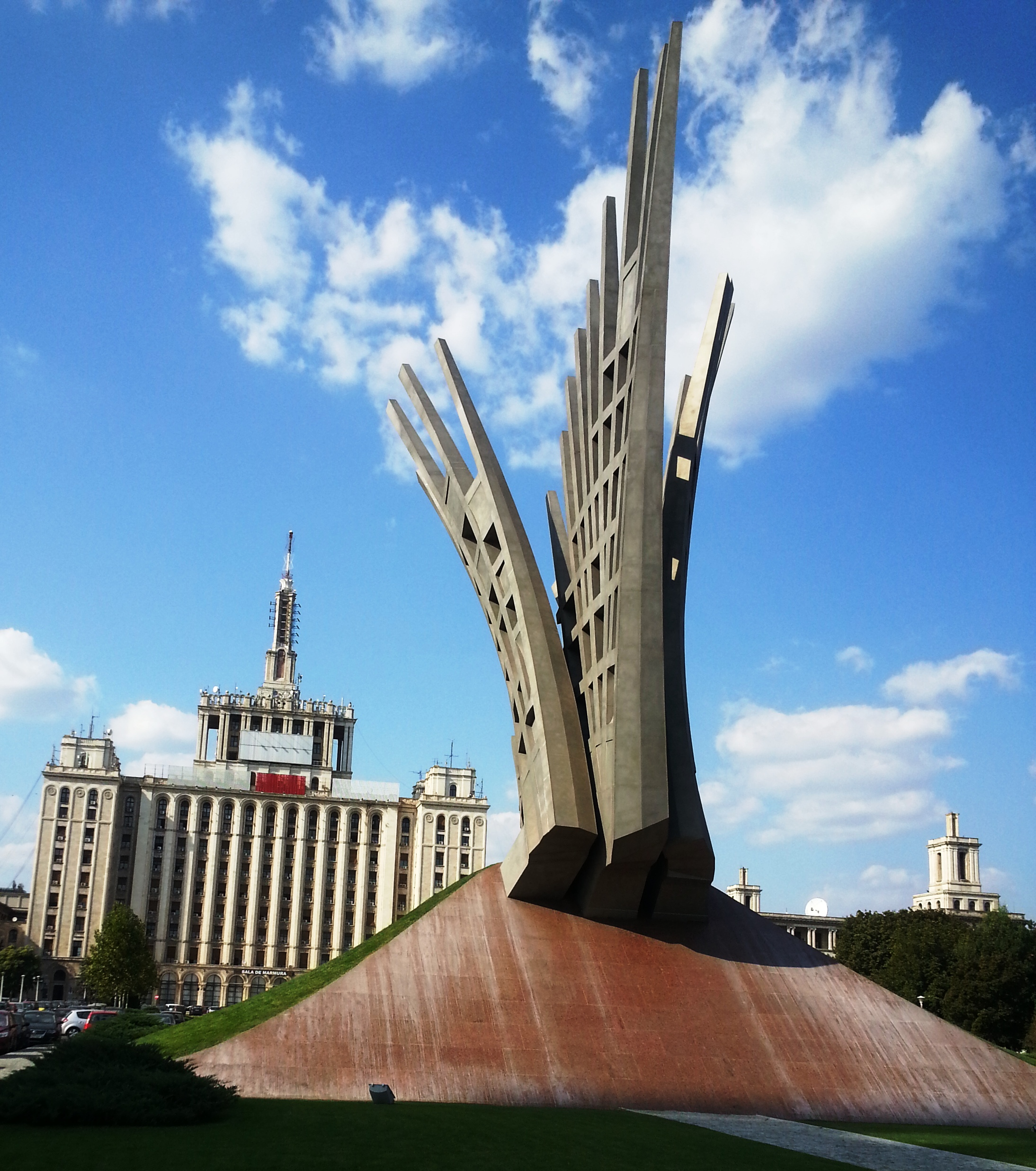 Wings monument in front of House of Free Press, Bucharest | Bucharest Uncovered