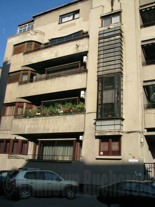 Art Deco apartment building (1934, arch. Tiberiu Niga) central Bucharest