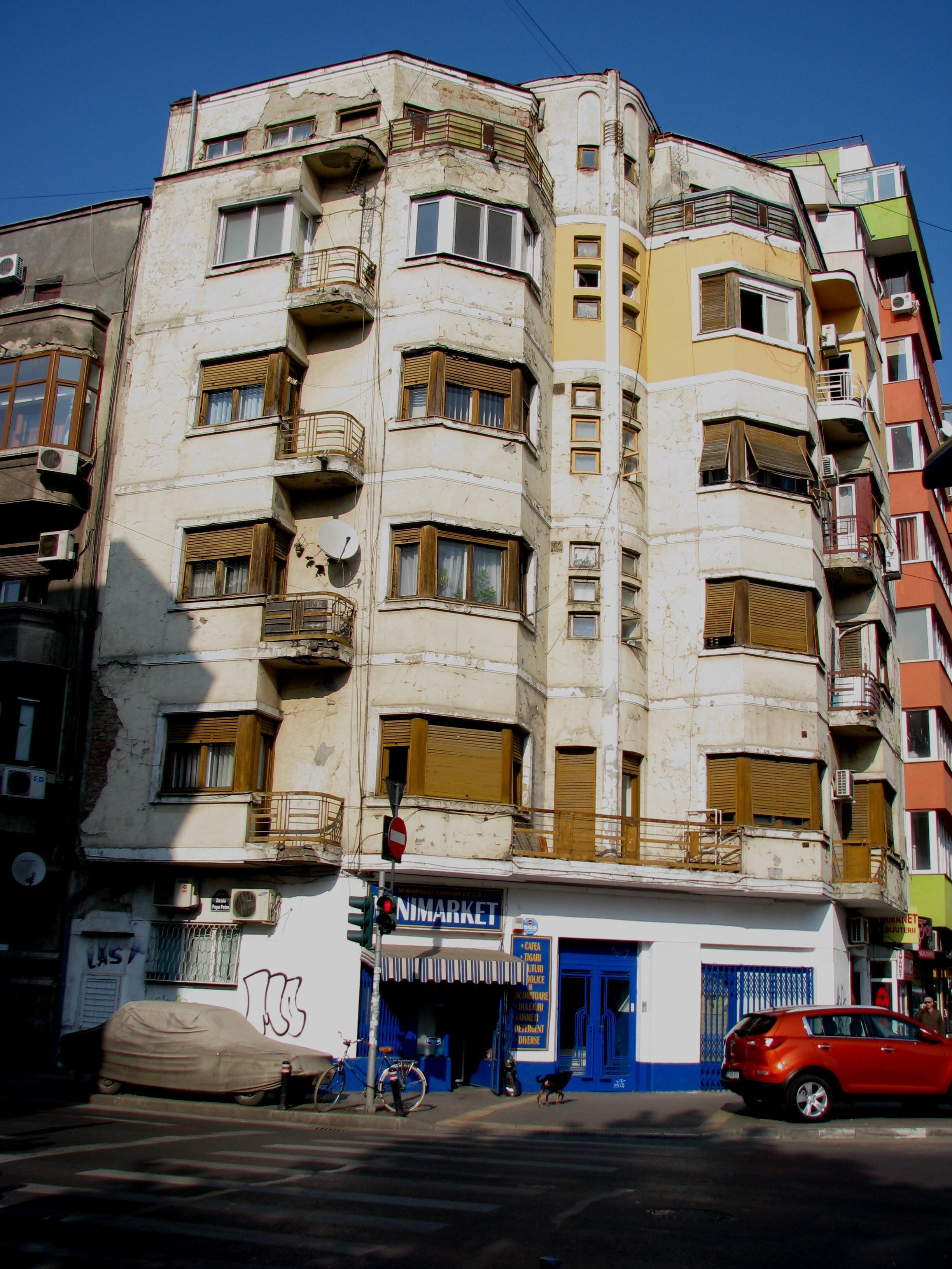 Art deco apartment building calea mosilor bucharest for Bucharest apartments