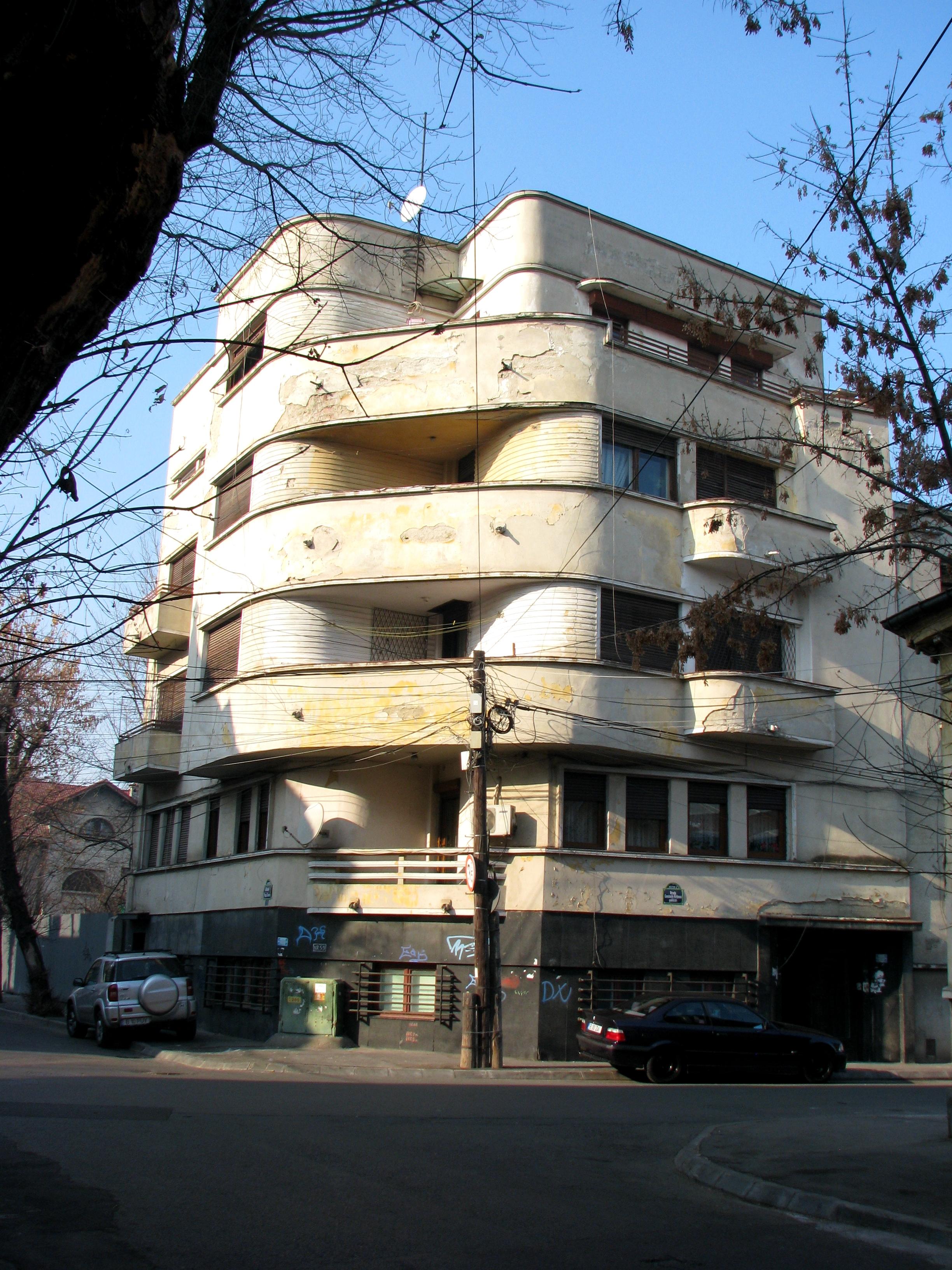 Art deco apartment building central bucharest bucharest for Bucharest apartments