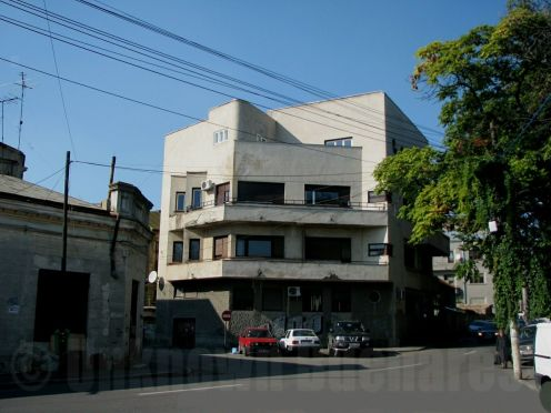 Villa Solly Gold (1934, arch. Marcel Janco) central Bucharest