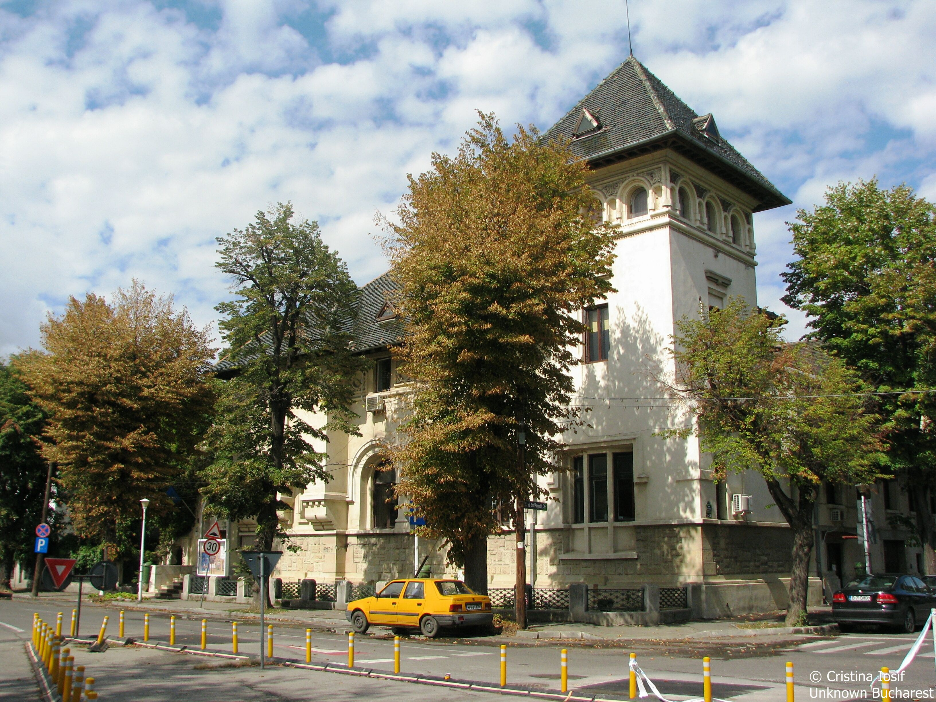 Malaxa house 1916 architect petre antonescu bucharest - Romanian architectural styles ...
