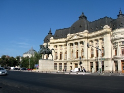 palace-square-central-bucharest.jpg