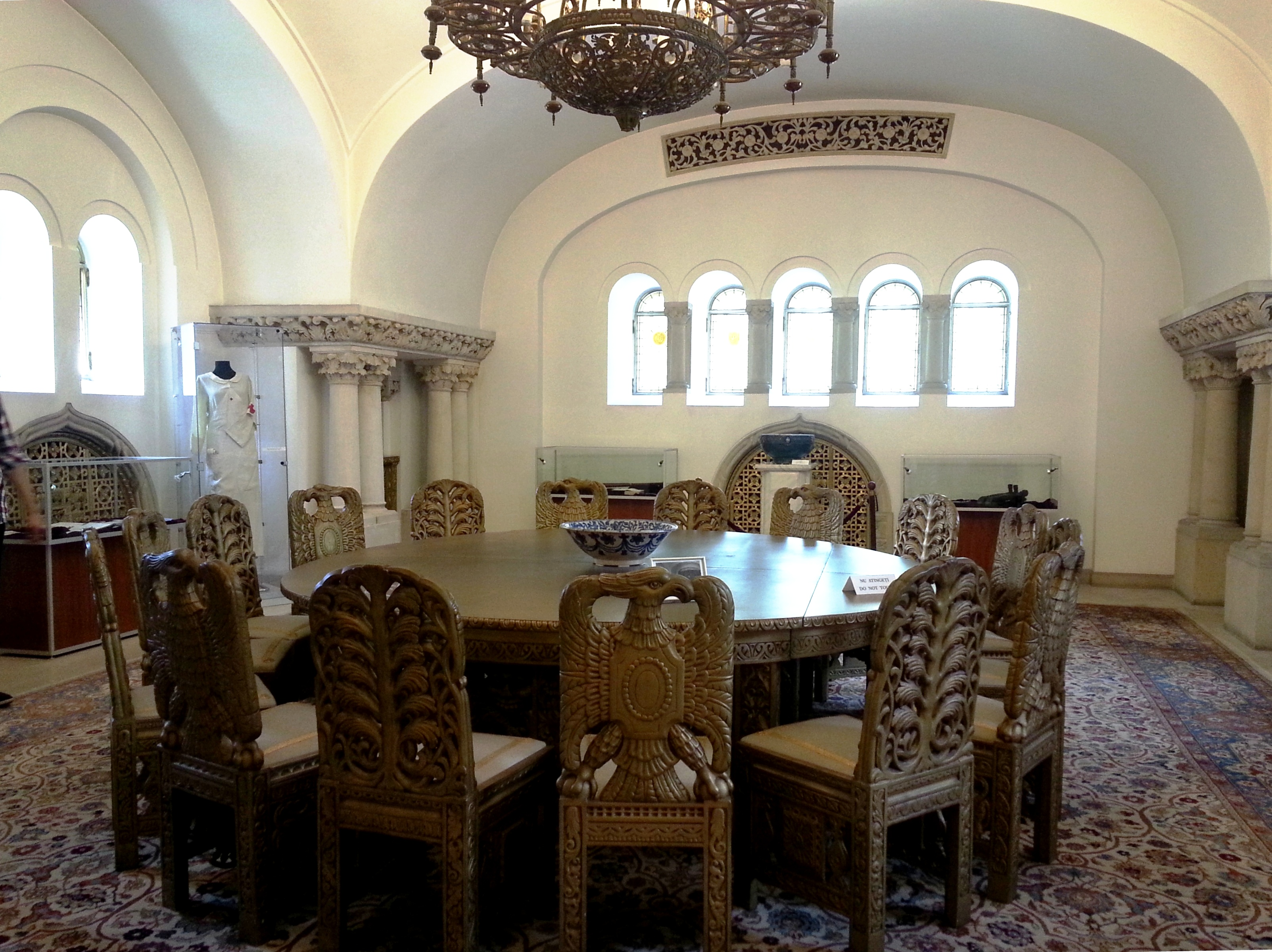 2 Day Bucharest Tour » Royal Dining Room At Cotroceni Palace, Bucharest