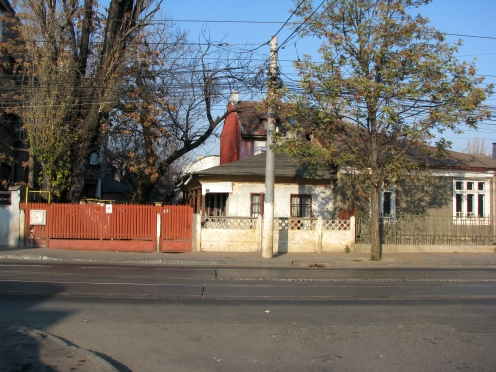 Porch house Str. Calarasi Bucharest