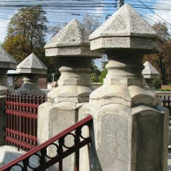 Neo-Romanian style fence pillars Bucharest