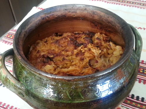 Sarmale - Pot of Romanian traditional cabbage rolls