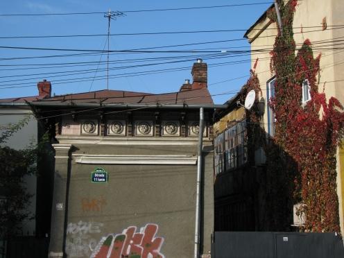 Architectural details houses 11 iunie str Bucharest Nov 2011