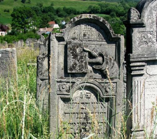 jewish-tombstone-siret
