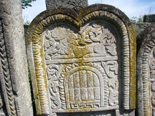 tombstone-siret-jewish-cemetery