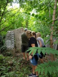 Finding family grave at Jewish Cemetery in Bucharest