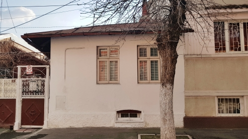Old one-story house Bucharest